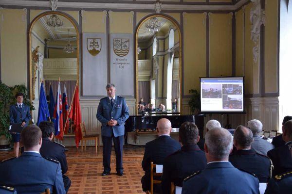 V Trnave pri príležitosti osláv sv. Floriána oceňovali príslušníkov Hasičského a záchranného zboru